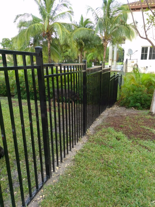 new metal fencing